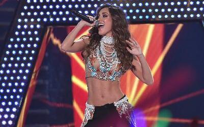 Anahí cuenta detalles del tema que cantará en Premios Juventud
