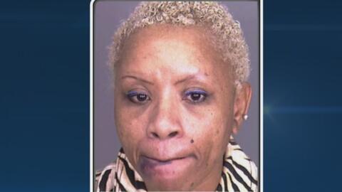 De un bar a prisión: esta mujer chocó contra un poste de luz tras maneja...