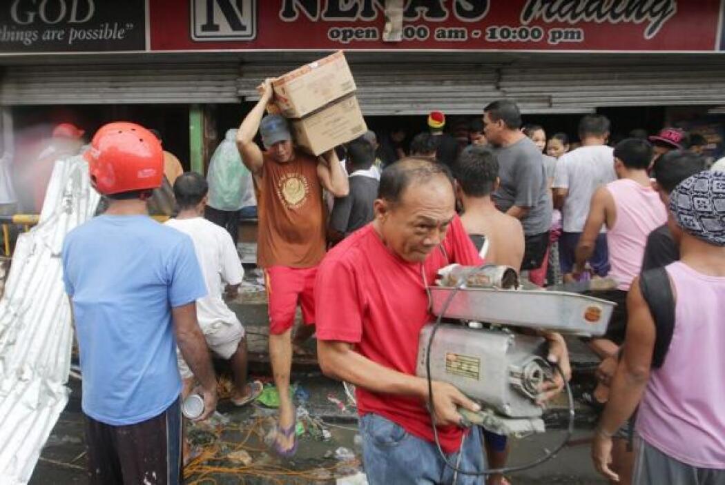 """""""Hay saqueos y la gente incluso está destruyendo los cajeros automáticos..."""