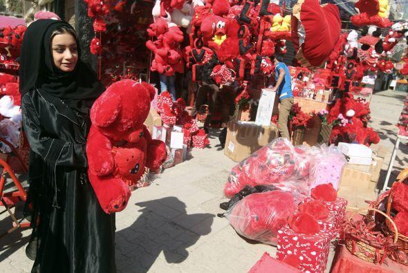 En Irak también saben cómo celebrar el día de los enamorados, pues más a...