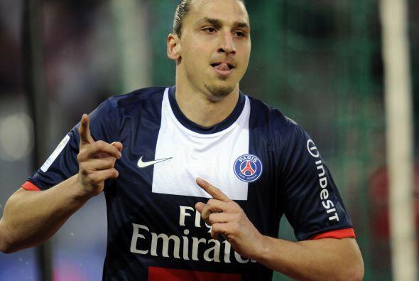 Zlatan Ibrahimovic vuelve a este 11 ideal luego de semanas sin aparecer...