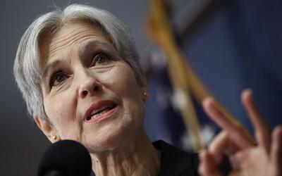 Jill Stein, excandidata a la presidencia por el Partido Verde, en una co...