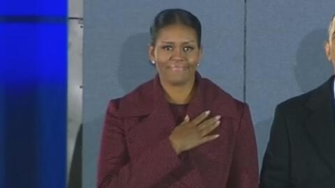 Las lágrimas contenidas de Michelle Obama al despedir a su equipo