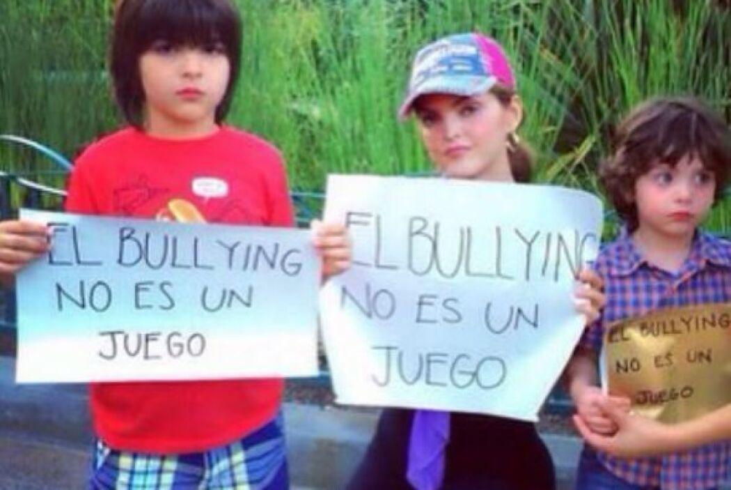 La cantante mexicana Ana Barbara. Foto tomada de Twitter.