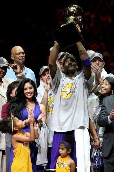 Sin embargo, para la temporada 2008, los Lakers volvieron al triunfo y s...