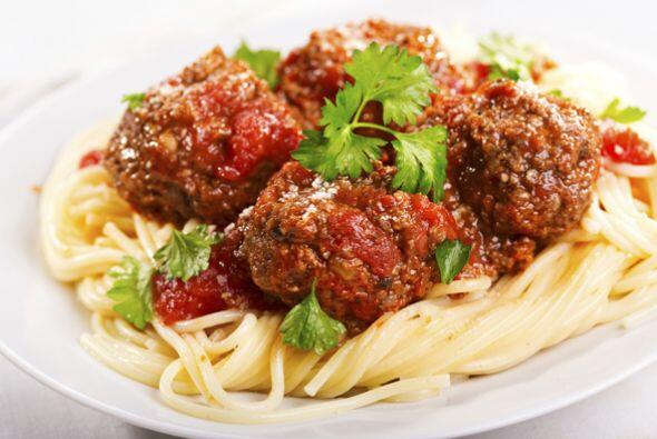 Espagueti a la boloñesa   Aquí te mostramos una variante italiana para q...