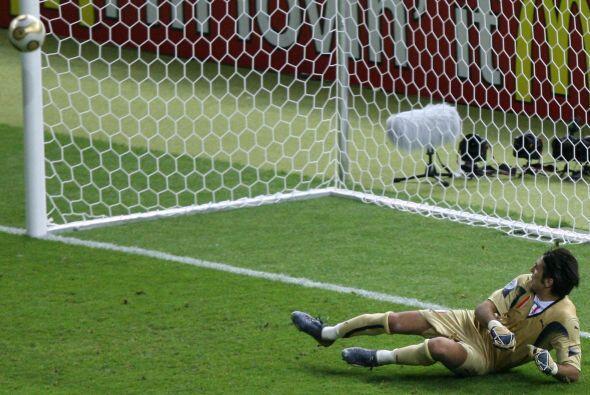 El franco-argentino repitió en la final del Mundial 2006.