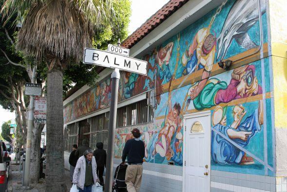 Balmy Alley es un pasaje que concentra la mayor cantidad de murales en l...