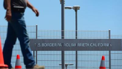 Niños deportados convertidos en polleros