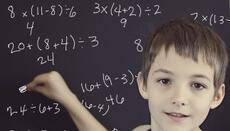 Pídele a tu hijo que piense como hacer el número del día de distintas ma...