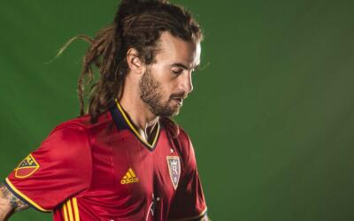 Kyle Beckerman con la camiseta de Real Salt Lake para la temporada 2016