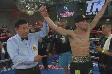 Alex 'Cholo' Saucedo venció a Clarence Truth