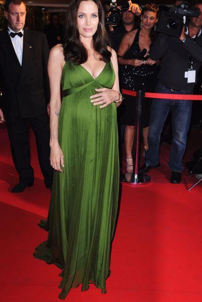 Aunque Angelina Jolie no ha confirmado nada, se rumora que utiliz&oacute...