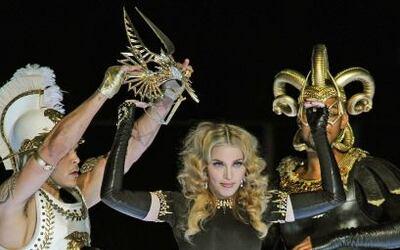 A sus 53 años, 'La Reina del Pop' demostró que tiene la energía de una j...