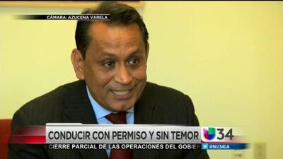 Gil Cedillo contó la historia detrás de las licencias