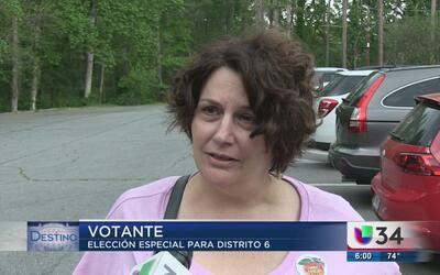 Votantes de Georgia salen a ejercer su voto por el distrito 6