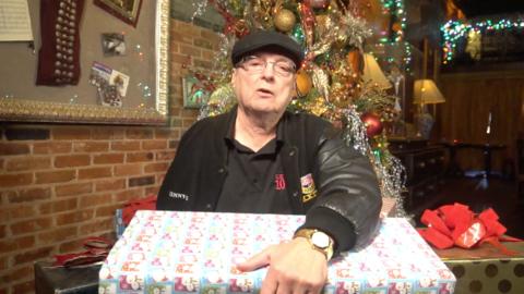Kenny G Tells Us His Favorite Christmas Memory