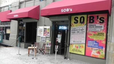 En los últimos 30 años S.O.B.'s le ha dado la acogida a un cien número d...
