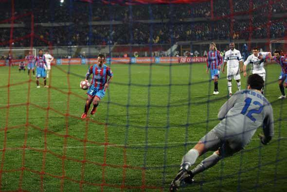 Mascara anotó la diferencia de penalti y luego vino otro más.