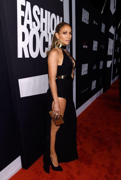 La que elevó la temperatura del lugar, fue nada menos que Jennifer Lopez.