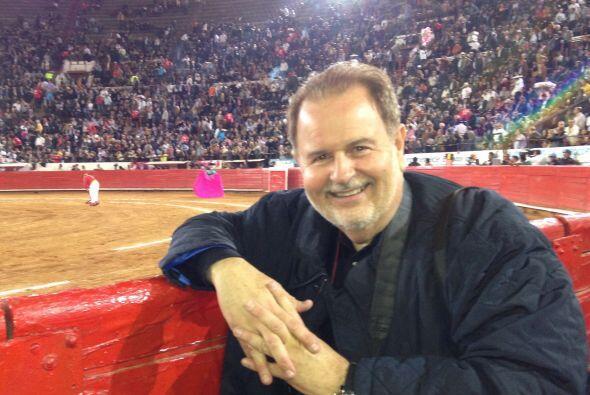 A su llegada a México,Raúl de Molina pudo asistir a...