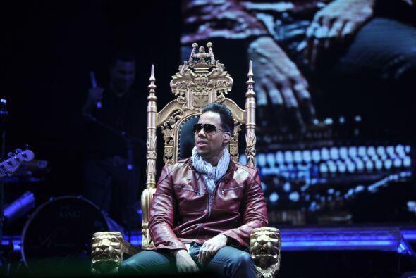 Romeo Santos  El popular intérprete de bachata, merengue, reggaeton y ta...