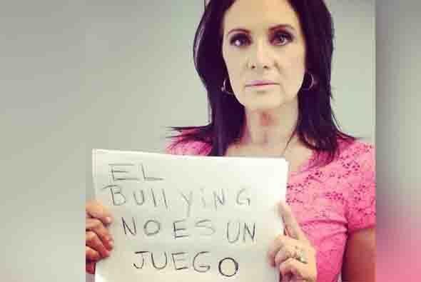 La actriz mexicana Erika Buenfil. Foto tomada de Twitter.