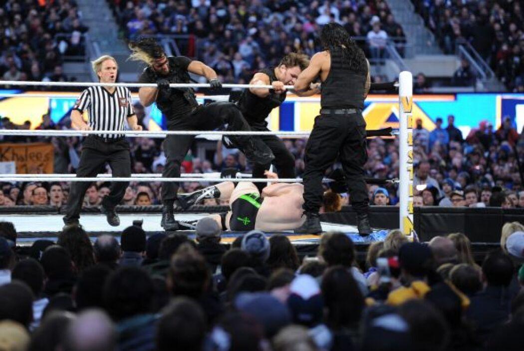 The Shield liquidó a sus rivales de turno, que ya se unen a otras estrel...
