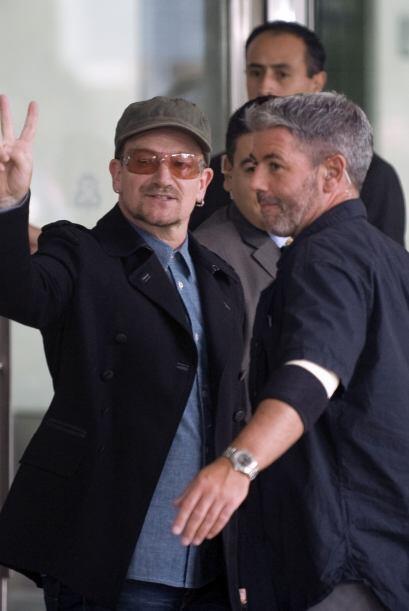 El vocalista de la banda irlandesa U2 y todo el grupo completo llegaron...