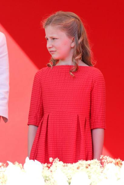 Elisabeth de Bélgica es la heredera al trono de su padre, Felipe, el rey...