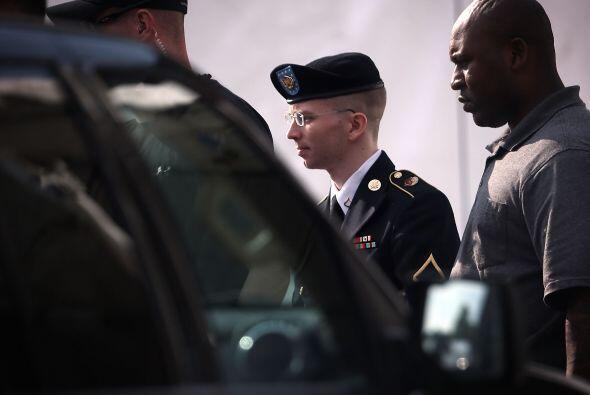BRADLEY MANNING.  La BBC recuerda que Manning lleva más de tres años enc...