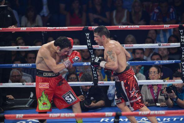 Martínez fue más rápido y preciso a la hora de tirar sus golpes.