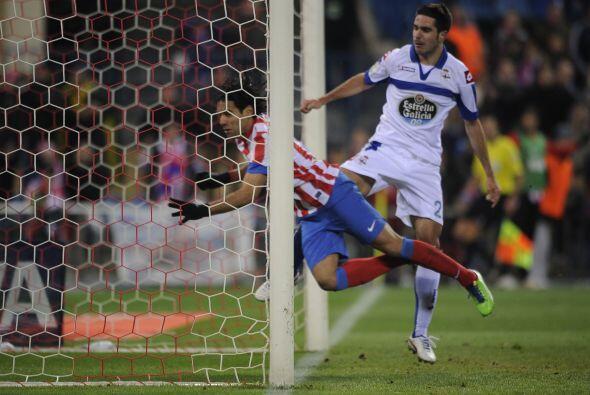 Falcao comenzó a marcar goles al por mayor, de todo tipo.