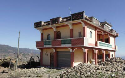 Dinero on Noticias Casa-en-San-Mateo-Ixtata%C2%A6u%CC%88n-Guatemala-1-ba...