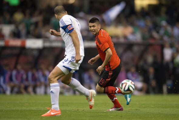 Oribe Peralta (6): 'El Cepillo' estuvo muy aislado de sus compañe...