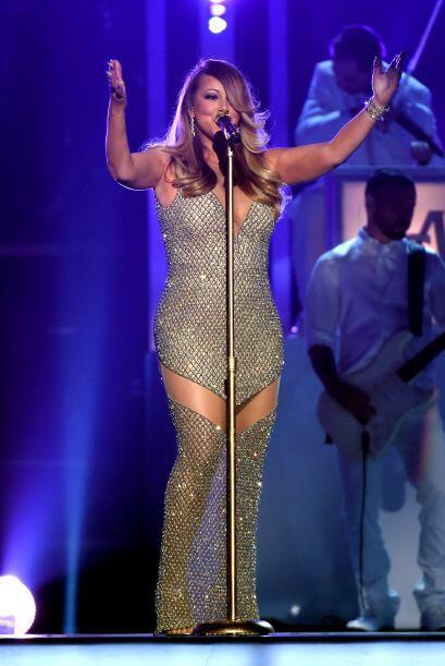 Mariah Carey nos enamoró con su espectacular paso por los Premios Billbo...
