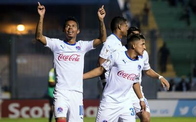 Olimpia derrotó 4-0 al Police United