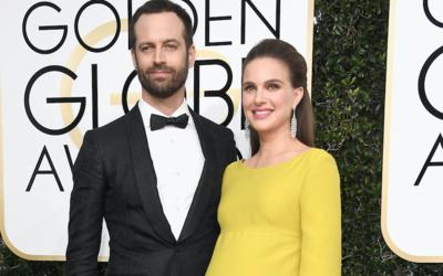 Natalie Portman y su esposo Benjamin Millepied en los Globos de Oro 2017.
