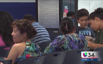 '¿Cuál es la política de Medicaid para mujeres embarazadas con visa?', e...