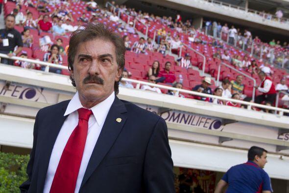 Ricardo Lavolpe llegó a Chivas para sacarlos de la crisis, sin embargo,...