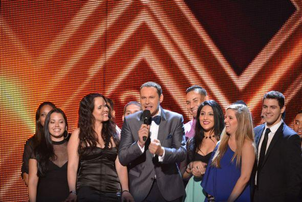 A las 8 de la noche en punto, Premio Lo Nuestro 2013 arrancó con la cond...