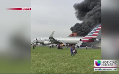 Se incendia avión en el aeropuerto O'Hare, no hay heridos de gravedad