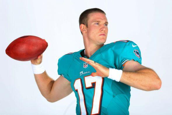 N°19 El jersey #17 de los Miami Dolphins, el del QB Ryan Tannehill (...