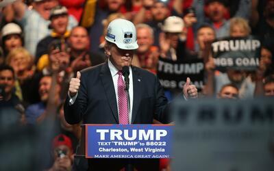 Donald Trump promete devolver a West Virginia los empleos en las minas d...