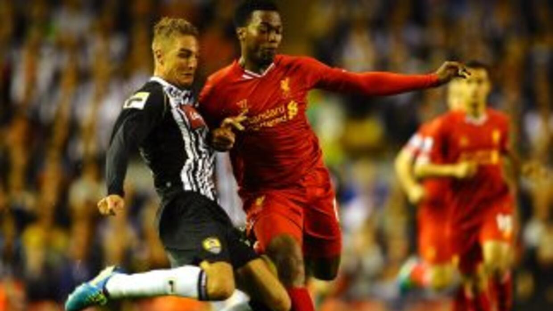 Daniel Sturridge marcó dos de los goles de los 'Reds', uno en el tiempo...