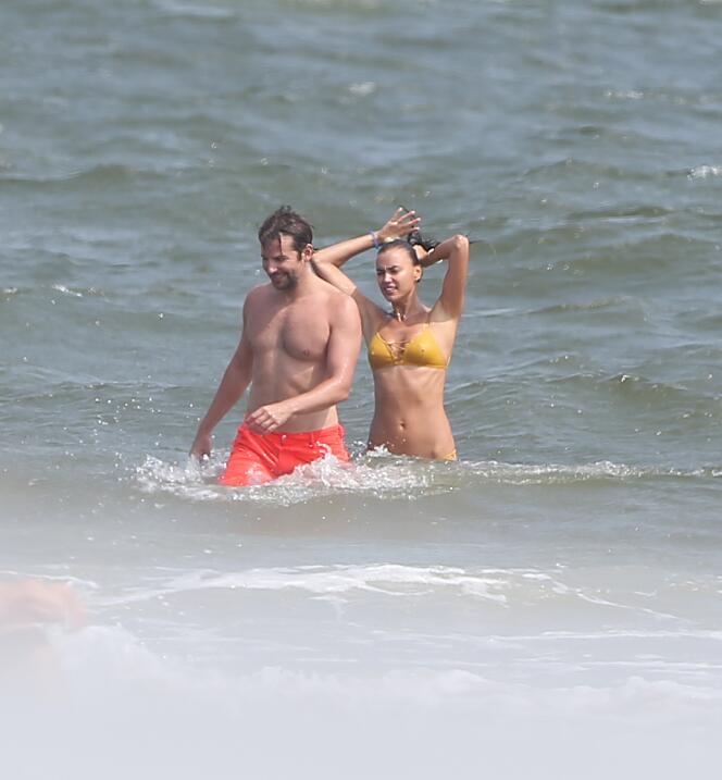 Irina Shayk ya conoce a la madre de Bradley Cooper TID_BCAISE150906_20.JPG
