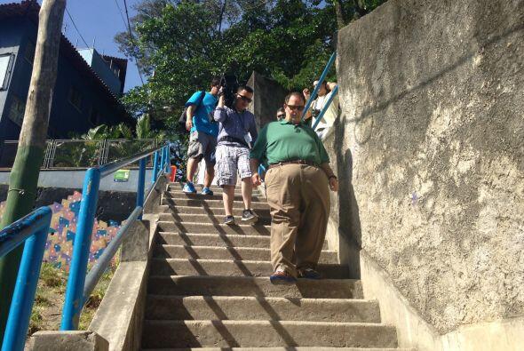 El Gordo tuvo que subir y bajar varias escaleras para llegar hasta la cima.