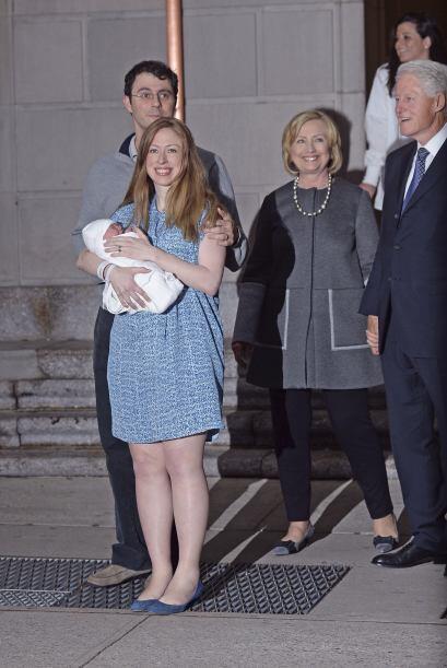 Y Bill y Hilary comienzan una nueva etapa en su vida, la de abuelos.