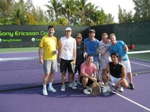 Algunos de los periodistas que cubrieron el Masters de Miami participaro...