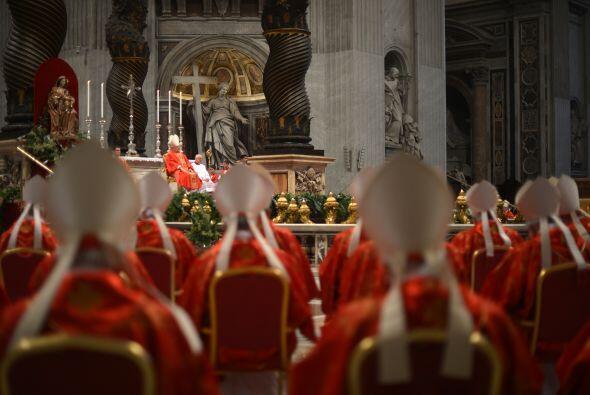 """""""Queremos agradecer a Dios el luminoso pontificado que nos ha concedido..."""